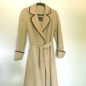 Vintage Etienne Aigner Wrap-Style Trenchcoat
